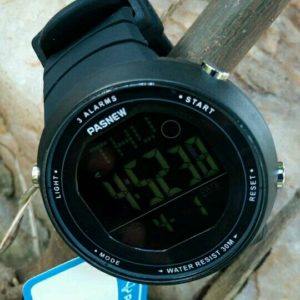 PASNEW WATER-RESISTANT WATCH