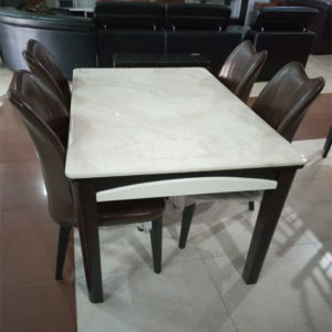 Simple Dining Table 4 Seats