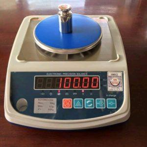 Table top digital weighing scales.