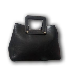 SHORT-HANDLE HANDBAG -BLACK