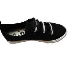 MEN BLACK SNEAKERS WITH WHITE SOLE